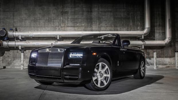 rolls-royce-phantom-drophead-coupe-nighthawk-00