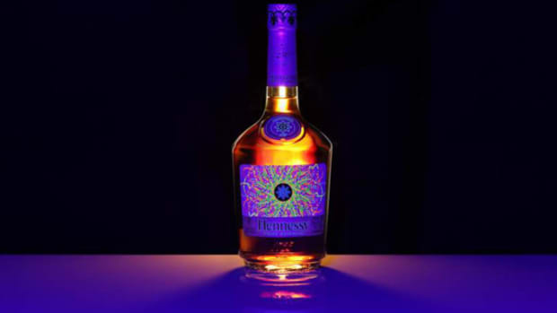 hennessy-vs-limited-edition-by-ryan-mcginness-00