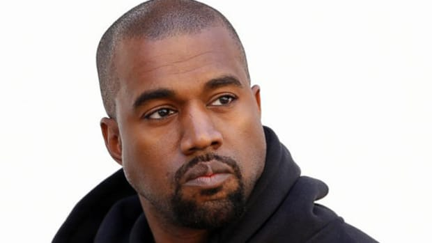 kanye-west-disrupts-nyfw-schedule-with-yeezy-season-2-show