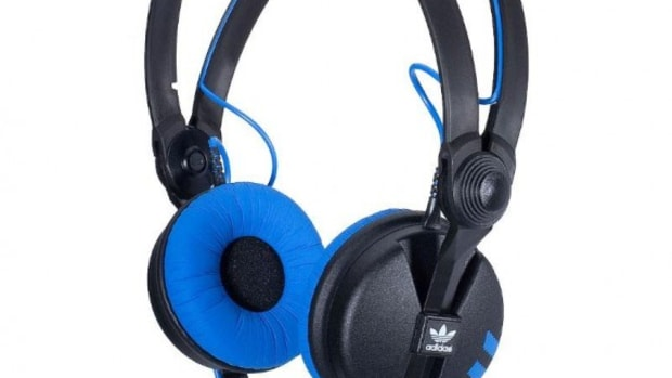 adidas-originals-sennheiser-HD25-1-headphone-05