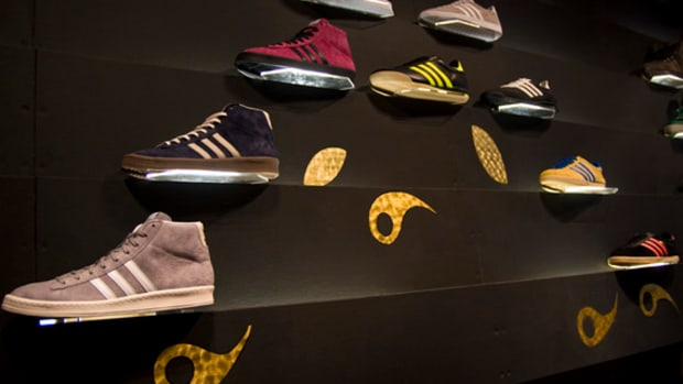adidas-originals-no6-london-christmas-08