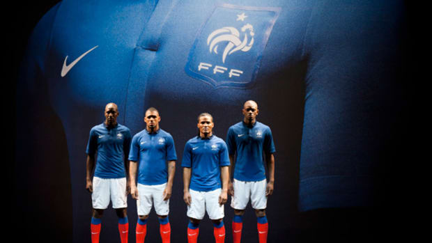 Nike french football kit summary