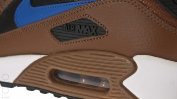 nike-air-max-90-pecan-black-varsity-royal-white-1-570x381