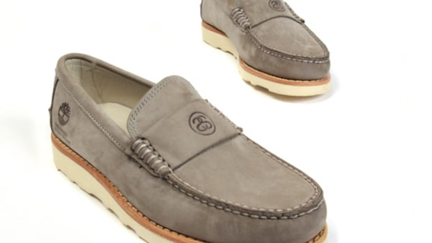 stussy-deluxe-timberland-loafers-02