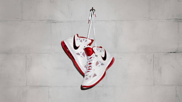 nike-lebron-8-ps-officially-unveiled-02