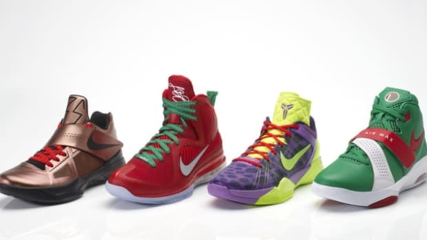 nike-basketball-christmas-pack-00