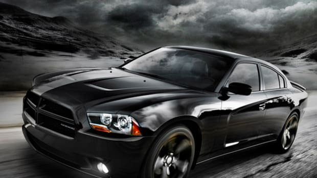 2012-dodge-charger-blacktop-beats-dr-dre-10