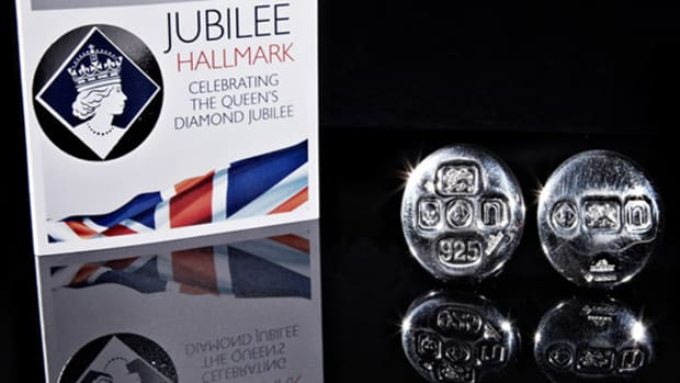andrew-bunney-the-queens-diamond-jubilee-sterling-silver-pins-00
