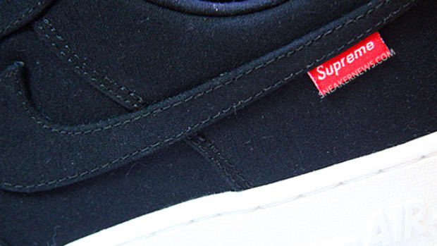 supreme-nike-air-force-1-low-premium-573488-090-01