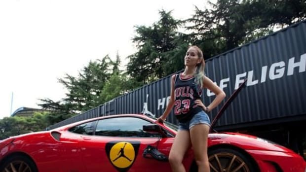 nike-festival-of-sport-2012-jordan-house-of-flight-ferrari-00