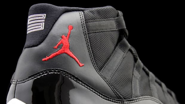 air-jordan-xi-retro-bred-2012-00