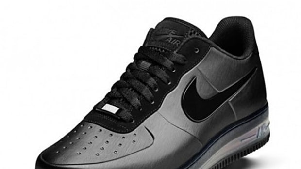nike-air-force-1-foamposite-max-black-friday-preview-03