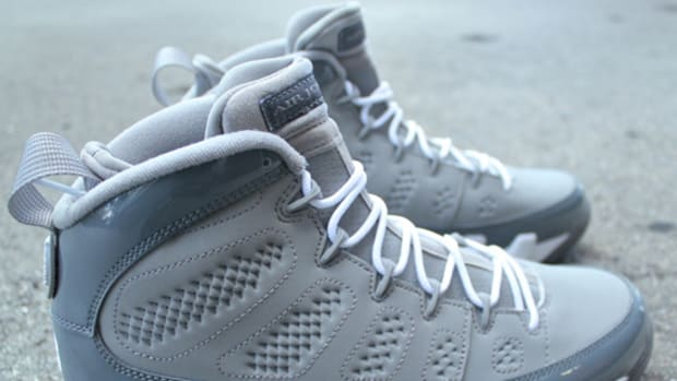 air-jordan-ix-9-cool-grey-01