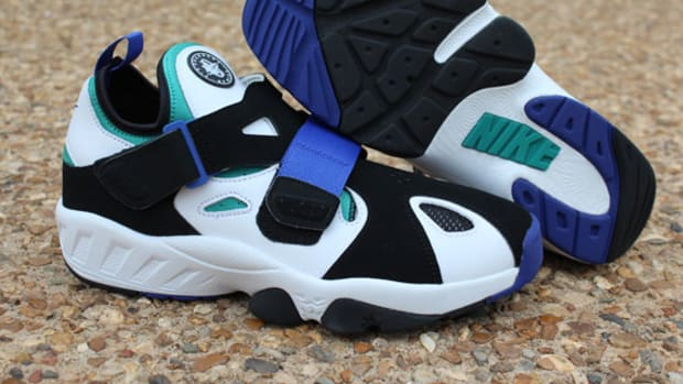 nike-air-trainer-huarache-94-white-lapis-02