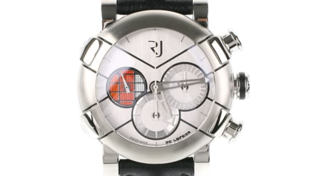 romain-jerome-delorean-dna-chronograph-watch-02