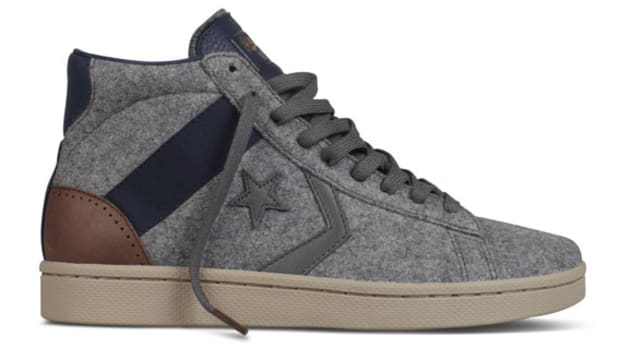 saint-alfred-converse-first-string-pro-leather-holiday-2012-b
