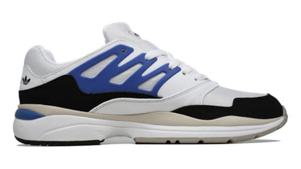 adidas-torsion-allegra-x-running-white-true-blue-black-03