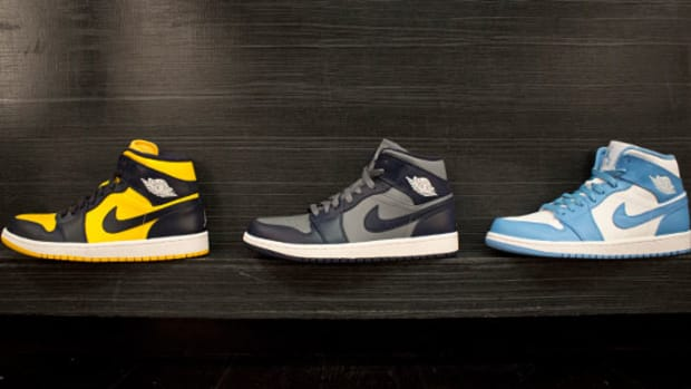 air-jordan-1-mid-college-editions-02