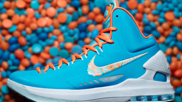 ec2eb62d9cc Nike Donating  1 Million in Goods and Profits from KD V Elite Sales ...
