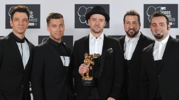 2013-mtv-vma-awards-nsync-performance-sm