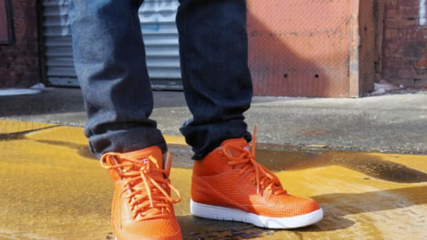 nike-air-python-lux-sp-orange-on-foot-1