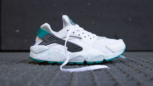 nike-air-huarache-turquoise-speckle-02