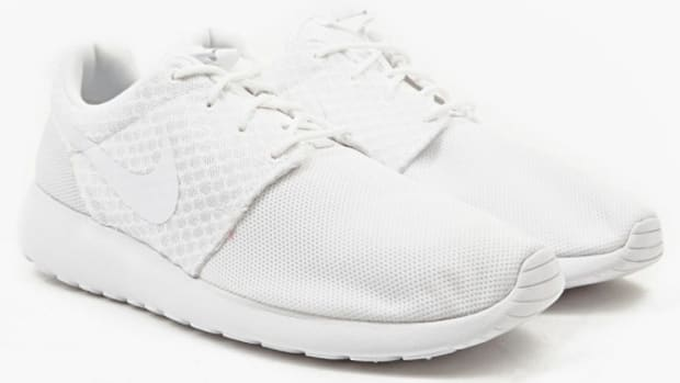 nike-roshe-run-511881-111-pure-platinum-01