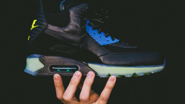 nike-air-max-90-ice-sneakerboot-684722-001-01