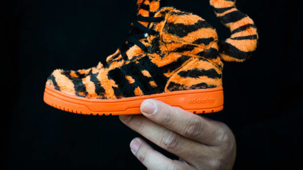 adidas-originals-jeremy-scott-js-tiger-1-infant-02