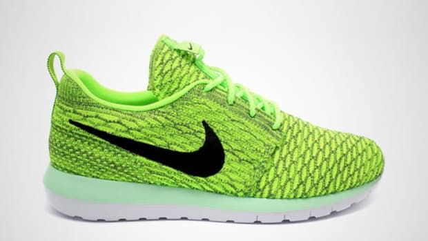 c28968212b1c Nike Free Flyknit - Electric Green White Bright Crimson