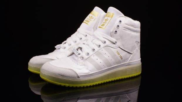 star-wars-adidas-originals-top-ten-hi-kids-yoda-b35565-06
