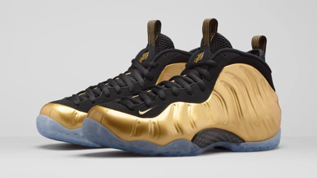 nike-air-foamposite-one-metallic-gold-01