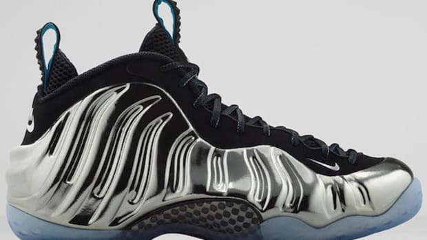 nike-air-foamposite-pro-chrome-00