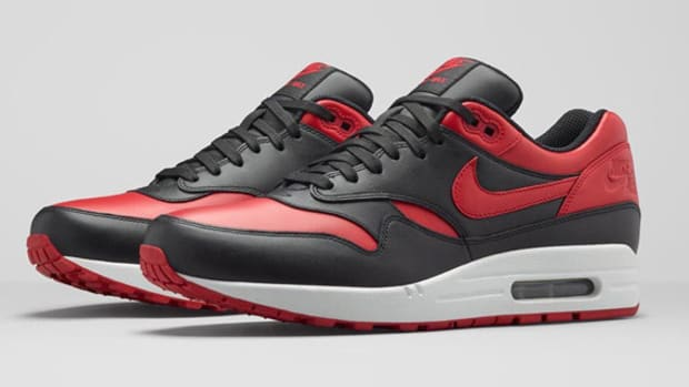 nike-air-max-1-bred-available-00