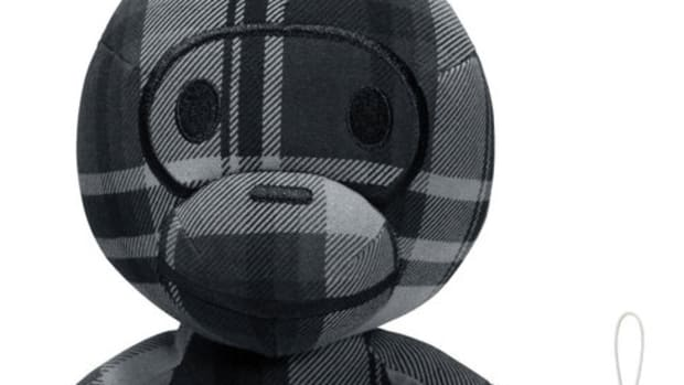 bape-check-baby-milo-doll-bell-set-black