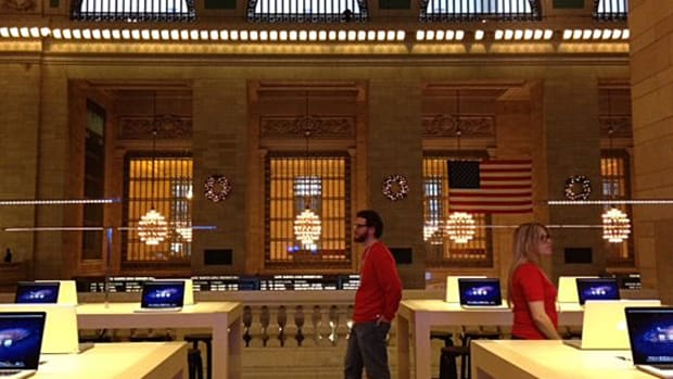 apple-store-grand-central-sneak-peek-02