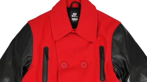 13f15a822eab Product (RED) x Nike Sportswear NSW Melton Destroyer Pea Coat