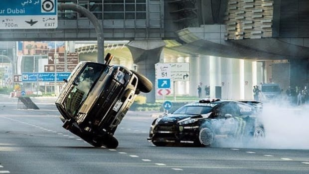 ken-block-takes-on-dubai-in-gymkhana-8-1.jpg