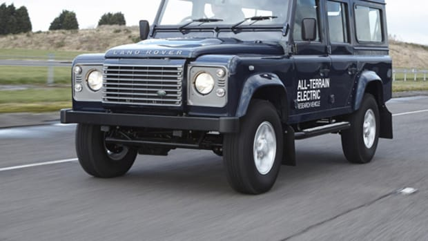 land-rover-defender-electric-research-vehicle-01