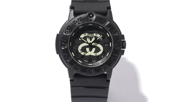 stussy-luminox-navy-seal-3000-a