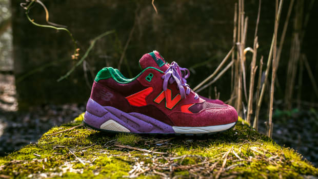 packer-shoes-new-balance-mt580-pine-barrens-00.jpg