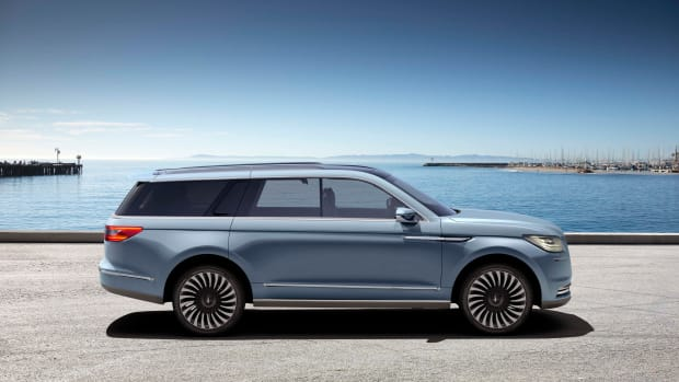 The 2017 Lincoln Navigator Concept Revealed in New York-3.jpg