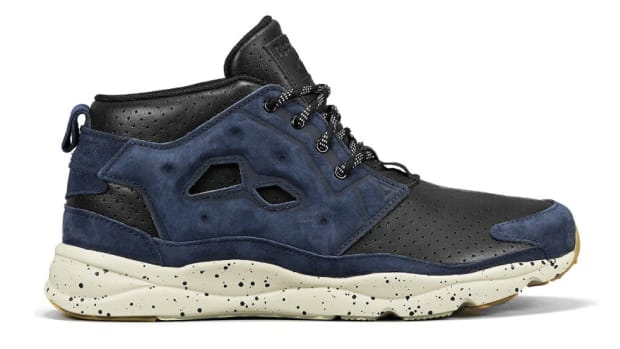mighty-healthy-reebok-furylite-chukka