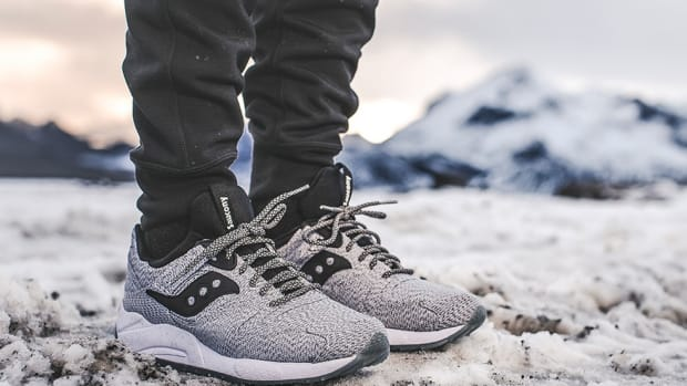 1000-saucony-grid-9000-dirty-snow-00