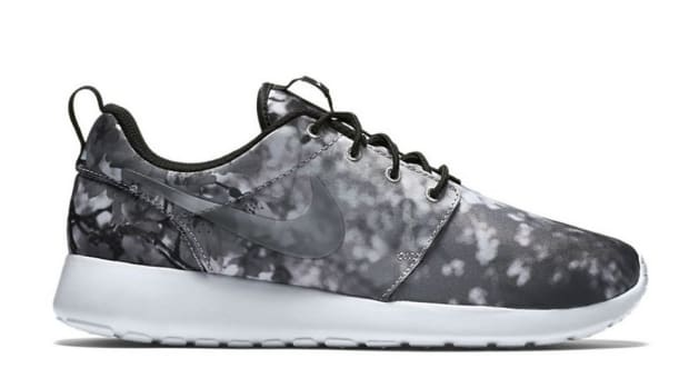 a-nike-roshe-one-inspired-by-okinawas-cherry-blossoms-1