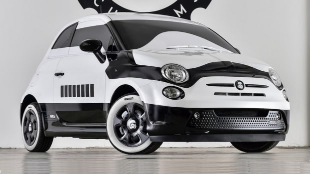 garage-italia-customs-stormtrooper-fiat-500e-1