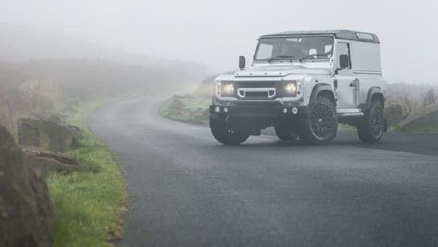 kahn-design-land-rover-defender-chelsea-wide-track-0