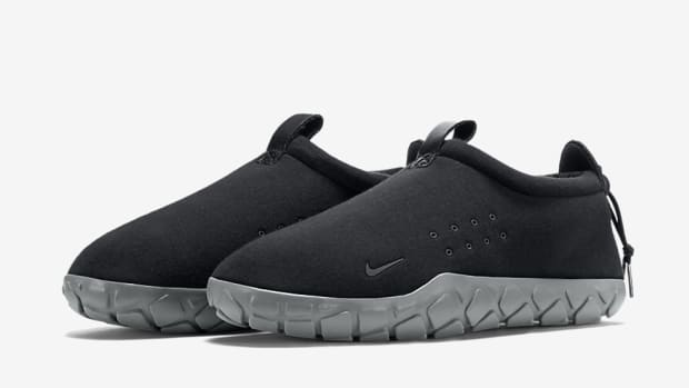 nike-air-moc-tech-fleece-00