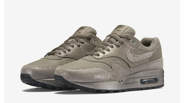 nike-air-max-1-metallic-pewter-00