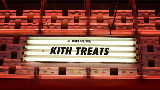 kith-treats-for-nike-air-max-con-nyc-00.jpg
